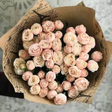 11 роз куст Бомбастик