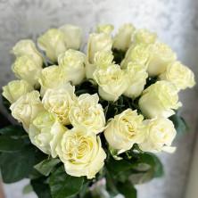25 белых роз Mondial